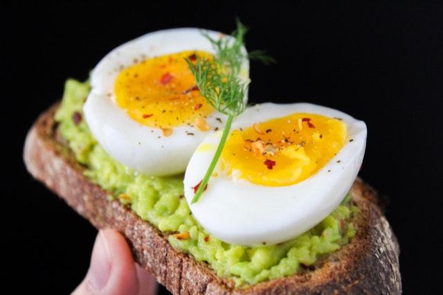 ツルッとむける茹で卵の作り方